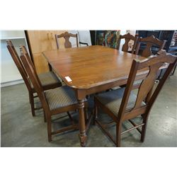 ANTIQUE DINING TABLE W/ 6 CHAIRS