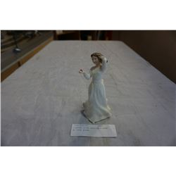VINTAGE ROYAL DOULTON FIGURE WITH LOVE #3393