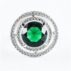 925 Sterling Silver Ring, Emerald Green, Halo Styl