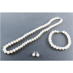 Pearl Necklace, Earrings and Bracelet Set
