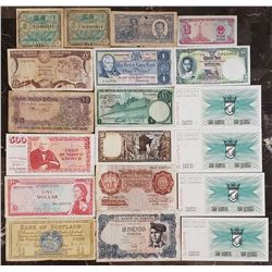 Lot of 19 World Notes