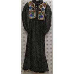 WOODLANDS INDIAN CHILD'S DRESS
