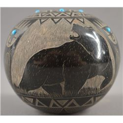 LAKOTA SIOUX INDIAN POTTERY SEED JAR (NORMAN WI-CHAPE- LUZA RED STARR)