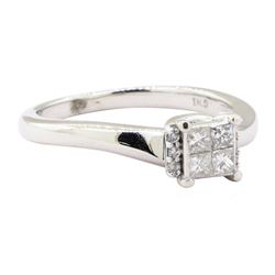 0.30 ctw Diamond Ring - 10KT White Gold