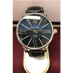 Large Mens Quartz 319 Yazole Leather Band Watch