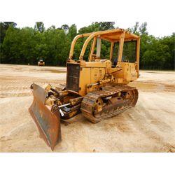 KOMATSU D31A-17 Dozer / Crawler Tractor