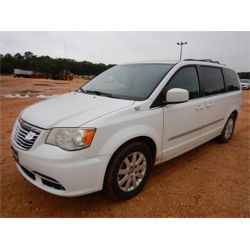 2014 CHRYSLER Town & Country  Passenger Van