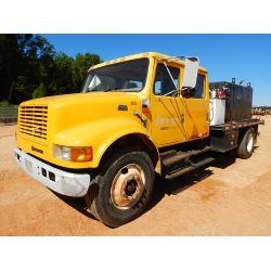 1999 INTERNATIONAL 4700 Water Truck