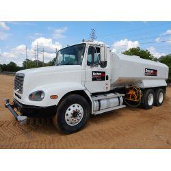 2002 FREIGHTLILNER FL112 Water Truck