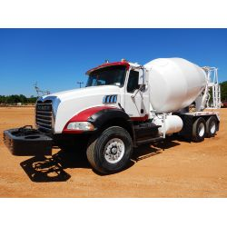 2006 MACK CT713 Concrete Mixer / Pump Truck