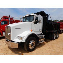 2016 KENWORTH T800 Dump Truck