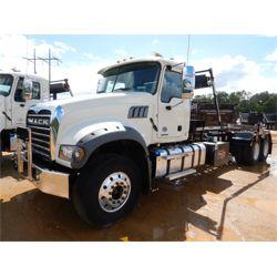 2020 MACK GR64F Roll Off Truck