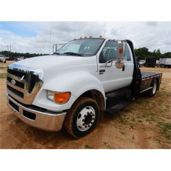 2009 FORD F650 Flatbed Truck
