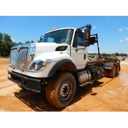 2008 INTERNATIONAL 7600 Roll Off Truck
