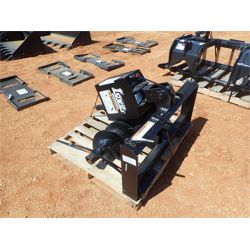 LOWE 750 AUGER Skid Steer Attachment