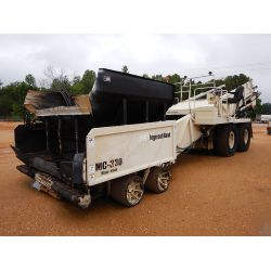 2005 INGERSOLL RAND MC-330 Asphalt Paver