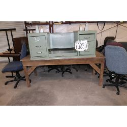 desks, chairs, vacuums, Selling Offsite: Located in Troy, AL
