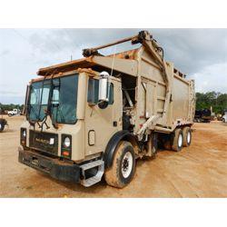 2003 MACK  Garbage / Sanitation Truck