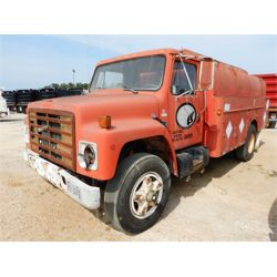1987 INTERNATIONAL 1754 Fuel / Lube Truck