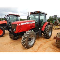 MASSEY FERGUSON 5465 Tractor