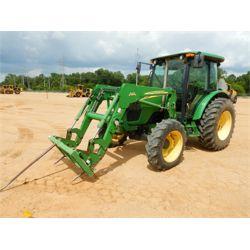 JOHN DEERE 5525 Tractor