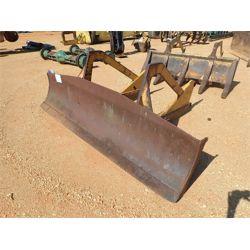 JOHN DEERE  trail blade, fits log skidder (A3)