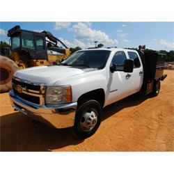 2011 CHEVROLET 3500HD Flatbed Truck