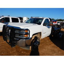 2015 CHEVROLET 3500HD Flatbed Truck