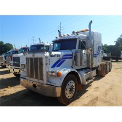 1997 PETERBILT 379 Sleeper Truck