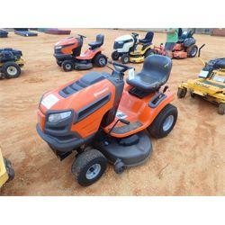HUSQVARNA YTH21K46 Mowing Equipment