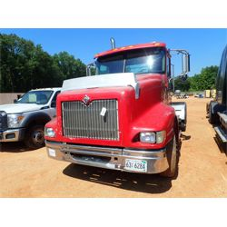 2003 INTERNATIONAL 9400i Day Cab Truck