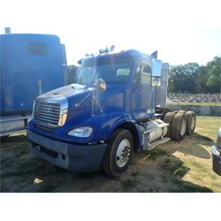 2007 FREIGHTLINER FLD 112 Day Cab Truck