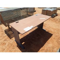5' computer table (C6)