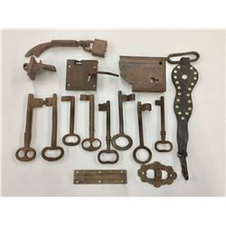 Antique Skeleton Keys, Fasteners, Etc.