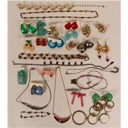 Vintage costume jewelry (lot 30)  (114761)