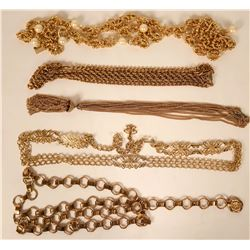 Vintage costume jewelry chains with faux pearls (lot 38)  (115174)