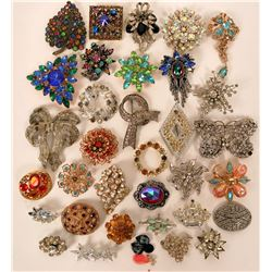 Vintage costume jewelry colorful brooches (lot 33)  (114778)