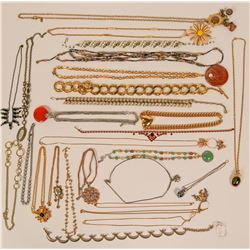 Vintage costume jewelry necklaces (lot 26)  (114772)