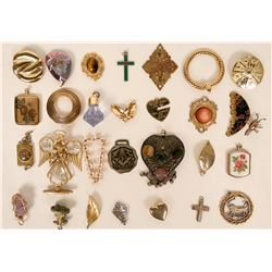 Vintage costume jewelry pendents (lot 33)  (114770)