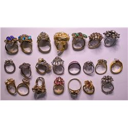 Vintage custom jewelry multi-colored Womens rings (lot 15)  (115152)