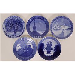 Royal Copenhagen Christmas Souvenir Plates 1912-16 (5)  (115384)