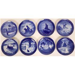Royal Copenhagen Christmas Souvenir Plate Collection (8)  (115377)