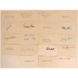 New York Giants Autographs including Willie Mays  (114930)