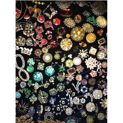 Vintage Designer Costume Jewelry Leftovers Grab Bag (250+ pieces!)  (116160)
