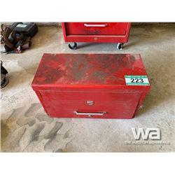 RED BEACH TOOL BOX & TOOLS