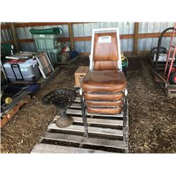 ANTIQUE SEAT & 4 CHAIRS