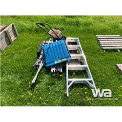ALUM. LADDER SNOW SHOVEL, SPREADER