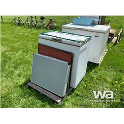 FREEZER & FOLDING TABLES