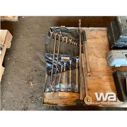 DOUBLE OFFSET WRENCH SET, WRENCHES