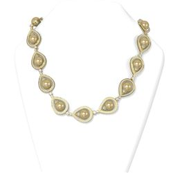 22 ctw Diamond and Pearl Necklace 18K Yellow Gold